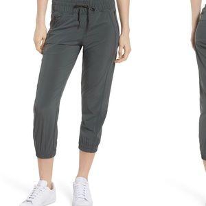 Zella - out & about 2 crop pants